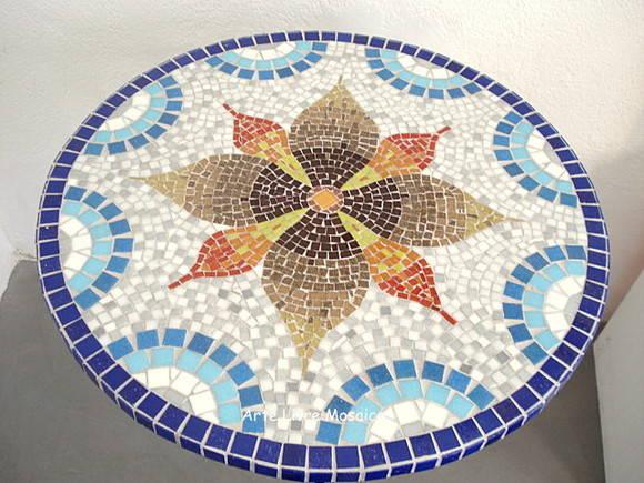 Mesa em mosaico arte livre mosaico elo7 for Mesas de mosaico