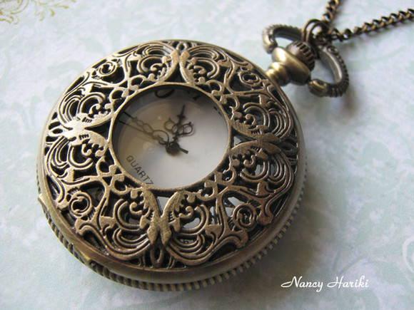 e8b49861d90 Colar relógio de bolso Antique no Elo7
