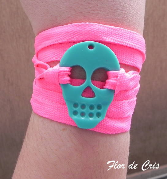 Skull Turquoise & Pink