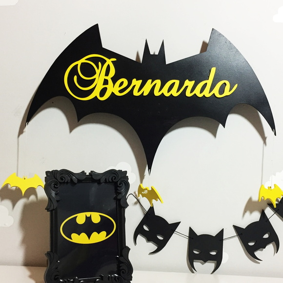 Porta maternidade do Batman com LED