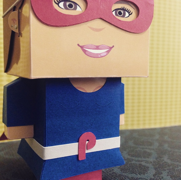 Paper Toy Customizado - Super Heroi