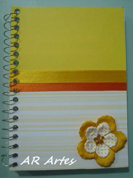 Mini caderno decorado