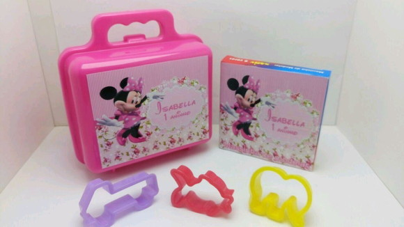 Kit maletinha com Massinha e moldes Minnie