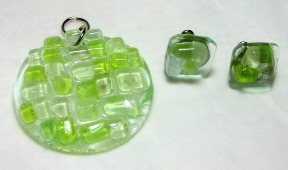 Bijuteria de Vidro / Glass Jewelry