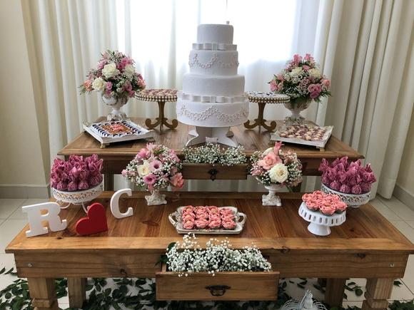 Locaç u00e3o Decoraç u00e3o Rústica luxo Casamento Noivado Debutante no Elo7 Child Store (B9D33D) -> Decoração De Mesa De Bolo De Noivado Simples