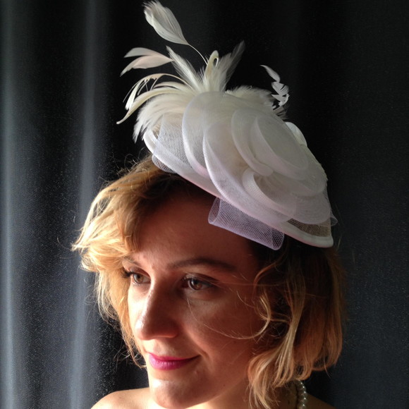 Fascinator Branco Bride