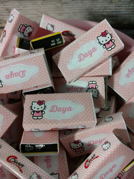 Chicletes Personalizados hello kitty
