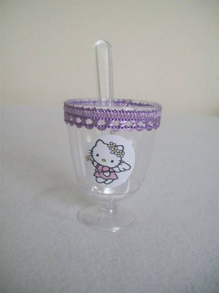 Tacinha personalizada - Hello Kitty