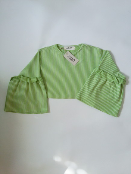 Blusa cropped upcycle