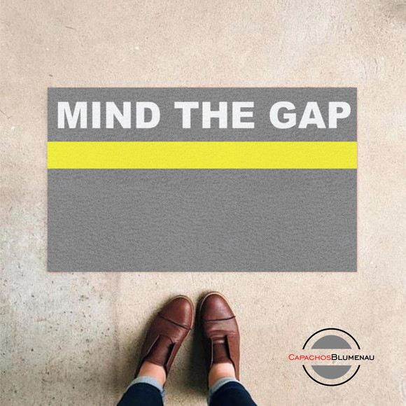 Capacho Divertido Mind The Gap