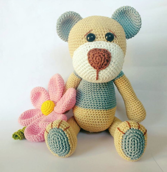 Muñeco Yoyo Flor Amigurumi | Bonecas de crochê, Brinquedos de ... | 580x561