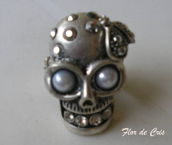 Mega Skull Ring Lee Mcqueen Inspired