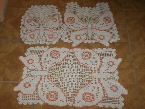 Tapete de banheiro borboleta  Nica Crochê  Elo7 -> Jogo De Banheiro Simples Em Croche Com Grafico