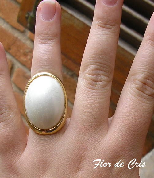 Pearly Ring