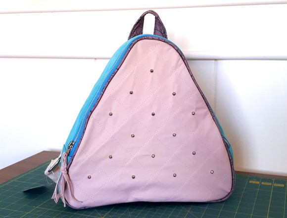 9132 Mochila Candy Colors