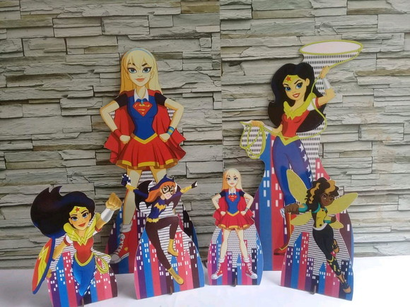 SuperHero Girls- Displays