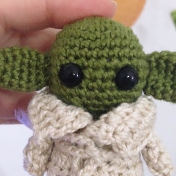 Receita de Amigurumi: Baby Yoda PDF no Elo7 | Philae Artes (10F5B86) | 580x580