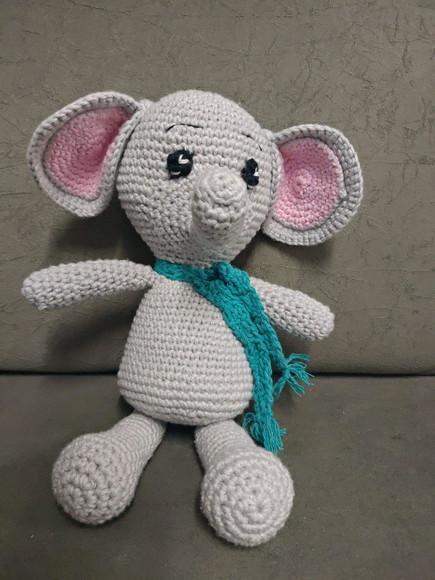 Elefante de crochet indio Jyoti   CrochetyAmigurumis.com   580x435