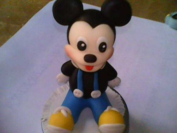 Latinha do mickey
