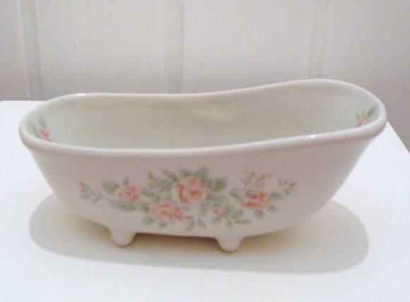 Saboneteira banheira no elo7 thelmazanardoatelie 168cca for Marcas de vajillas de porcelana
