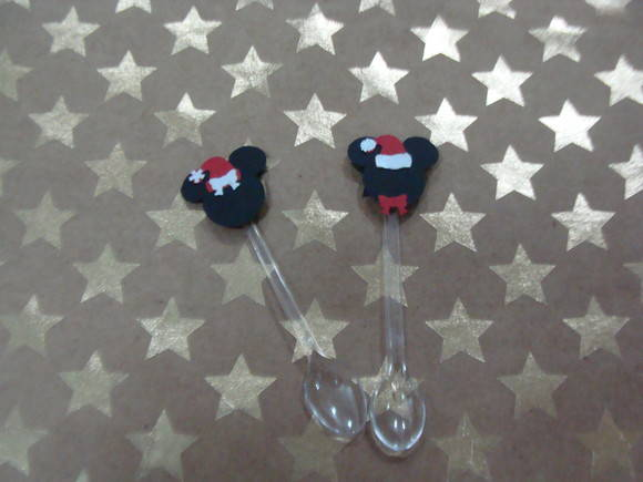 NATAL DA MINNIE E DO MICKEY COLHERZINHA
