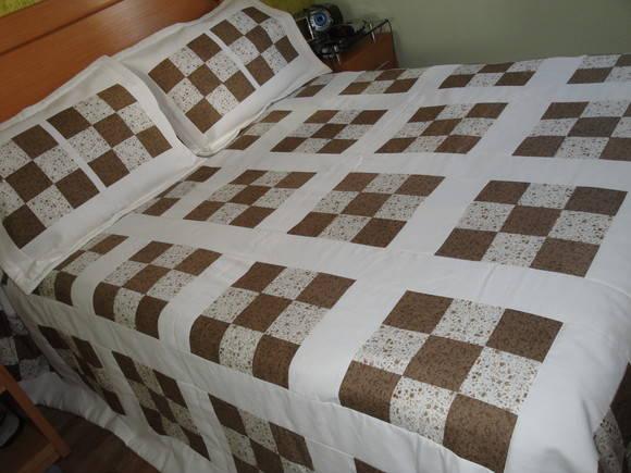 Colcha cama casal patchwork nine blocks ateli - Colchas de patchwork modernas ...