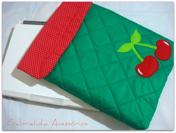 Case netbook Cerejas