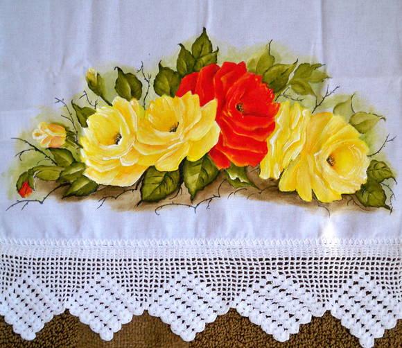 Pano De Copa Rosas Amarelas E Vermelhas No Elo7 Arte Em Panos By