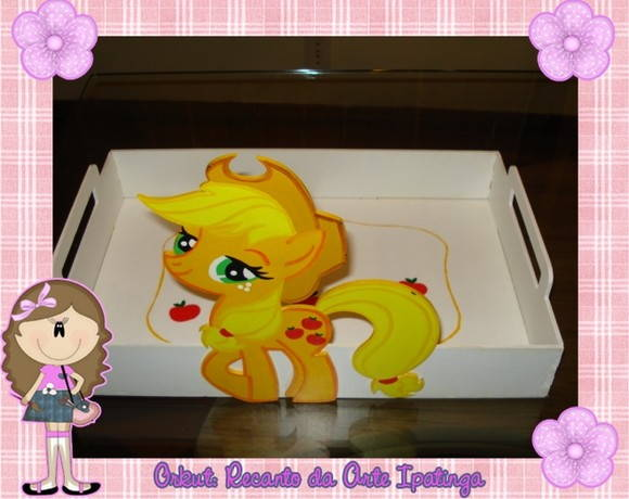 BANDEJA DE MDF C PERSONAGEM LITLLE PONEY