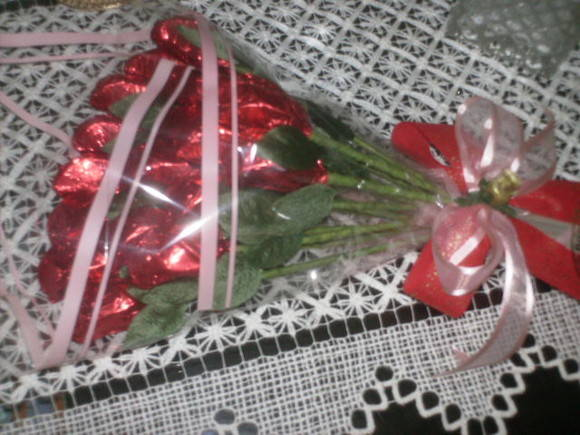 Bouquet com 24 Rosas de Chocolate
