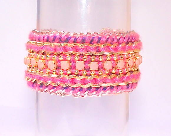 Friendship Bracelete Think Pink