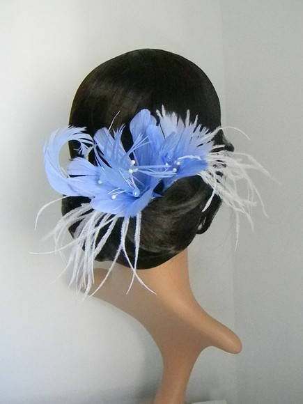 Lis fascinator light saffhire