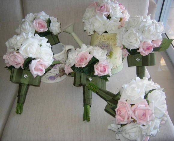 Mini bouquet para damas ou madrinhas V