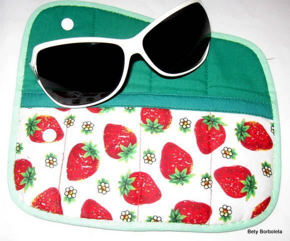 Porta culos tecido estampada morangos no elo7 bety for Porta oculos