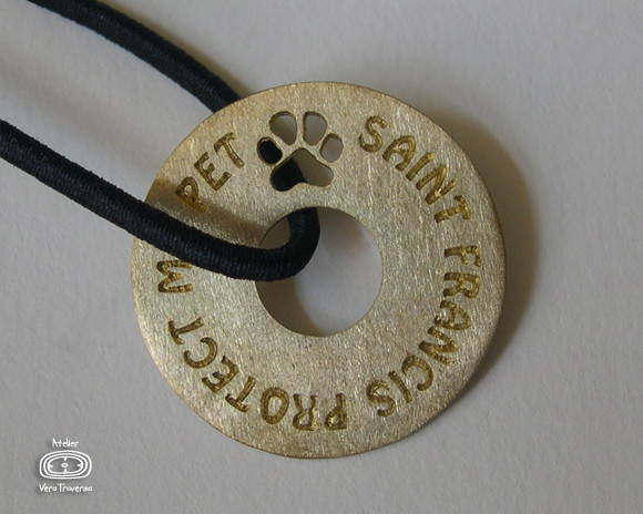 "Talismã ""St Francis Protect My Pet"""