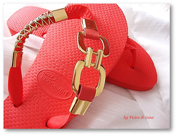 Havaiana Red in Gold