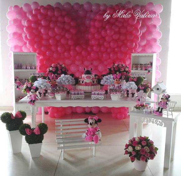 Loca o mesa decorada minnie rosa mirlaine val ria de - Mesa de navidad decorada ...