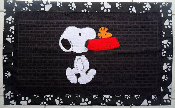 Zoom  C B Tapete Snoopy E Woodstock