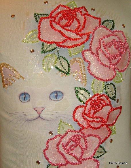 CAMISETA´´CATS E FLOWERS´´
