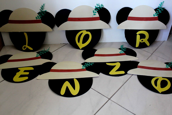 Letras Decoradas Varal Mickey Safari