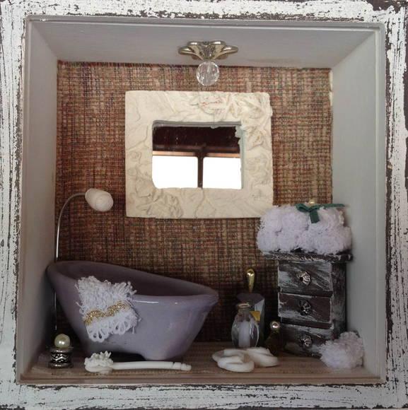 Quadro Banheiro (Pequeno) Porcelana  Arte Parma Artesanato  Elo7 -> Artesanato Banheiro Pequeno
