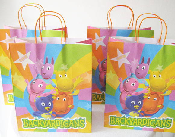 20 Sacolas BACKYARDIGANS P
