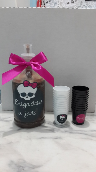 Brigadeiro a Jato Monster High 500ml