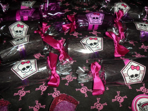 Tag Lembrancinha Monster High