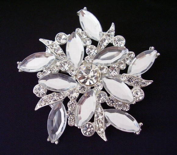 Broche Diamante