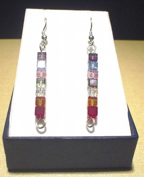 Brinco cubinhos Swarovski, Cube earrings