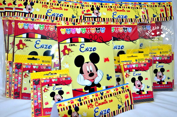 Kit colorir Mickey c/giz e massinha