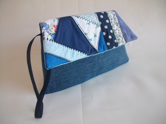 CLUTCH RETRÔ LAURA JEANS