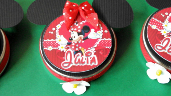 latinhas Minnie Disney