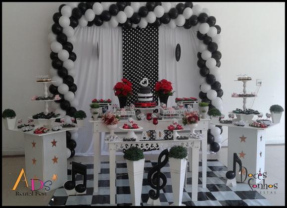 Decoraç u00e3o provençal adulto anos 60 no Elo7 Atelier Doces Sonhos Festas By Vanessa Heckert  -> Decoração De Aniversario Simples Para Homens